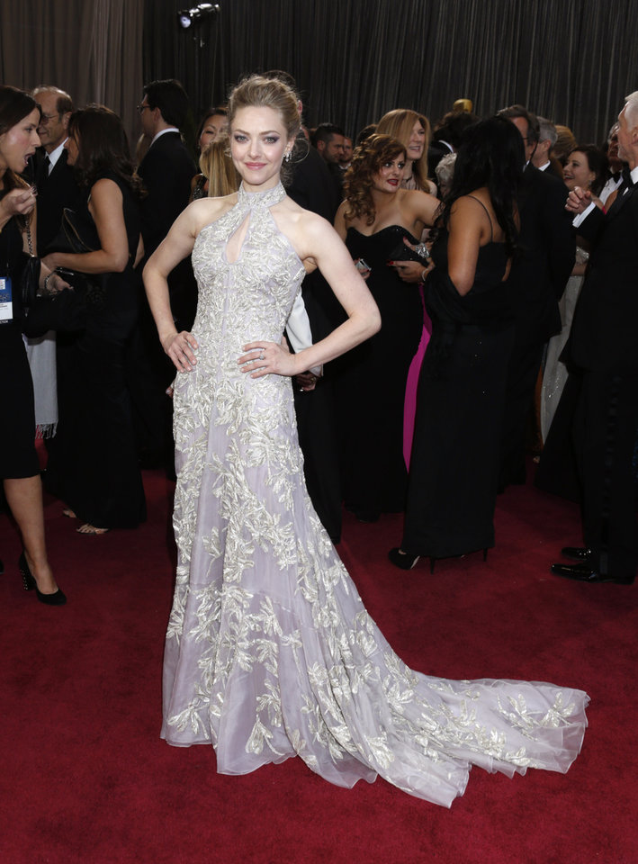 Photo - Actress Amanda Seyfried arrives at the Oscars at the Dolby Theatre on Sunday Feb. 24, 2013, in Los Angeles. (Photo by Todd Williamson/Invision/AP)
