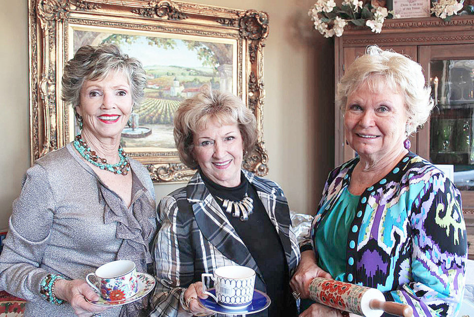 Photo - Lynn Coury, Fran Troiani, Joan White. PHOTO PROVIDED
