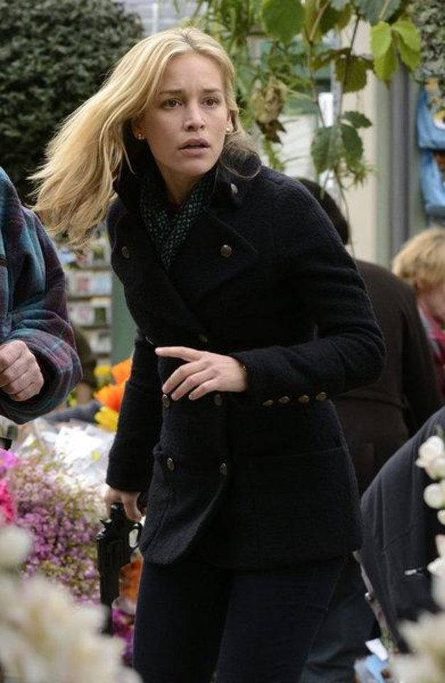 "Photo -  COVERT AFFAIRS -- ""Lady Stardust"" -- Episode 316 --Pictured: Piper Perabo as Annie Walker -- (Photo by: Steve Wilkie/USA Network)"