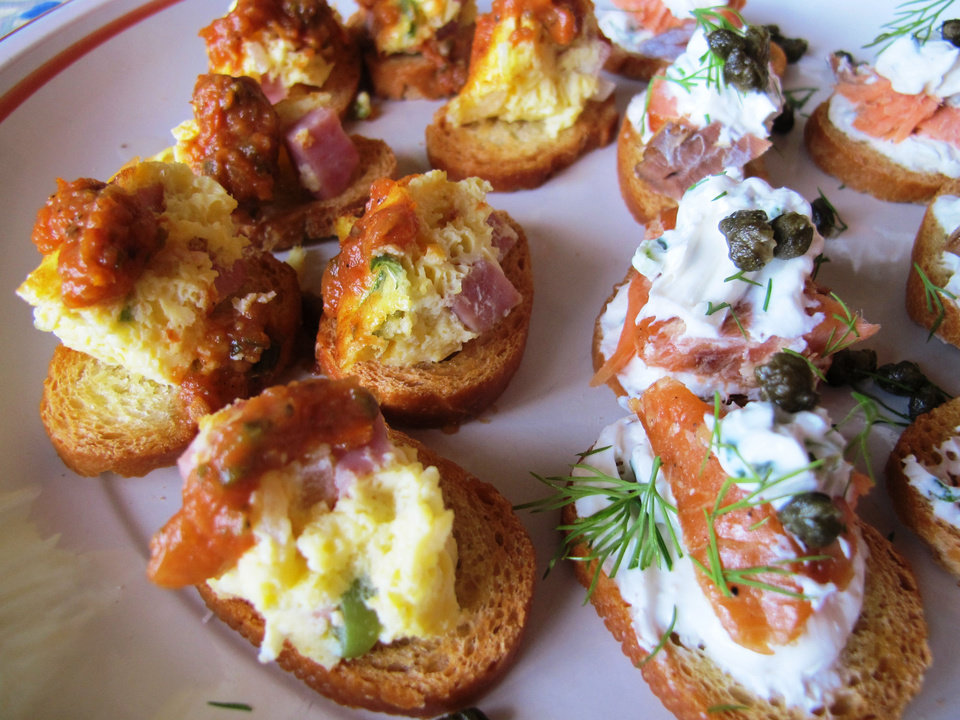 Photo - Top toast with Denver Omelet and lox and cream cheese for Super Bowl Sunday.  DAVE CATHEY - THE OKLAHOMAN
