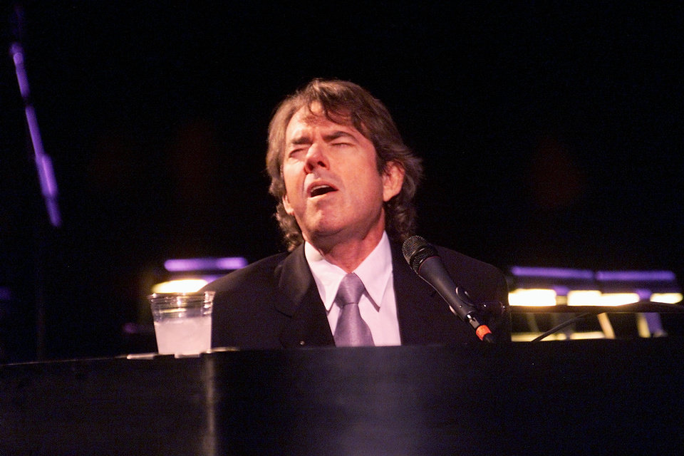 Jimmy Webb performs unplugged after an evening storm caused a power outage during the debut show at the Civic Center Music Hall after its MAPS-funded renovation. Staff Photo By Steve Gooch <strong>STEVE GOOCH</strong>