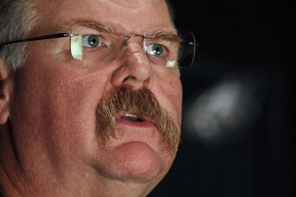Photo -   Philadelphia Eagles head coach Andy Reid responds to questions during a media availability at their NFL football training facility Monday, Nov. 12, 2012 in Philadelphia. (AP Photo/Joseph Kaczmarek)