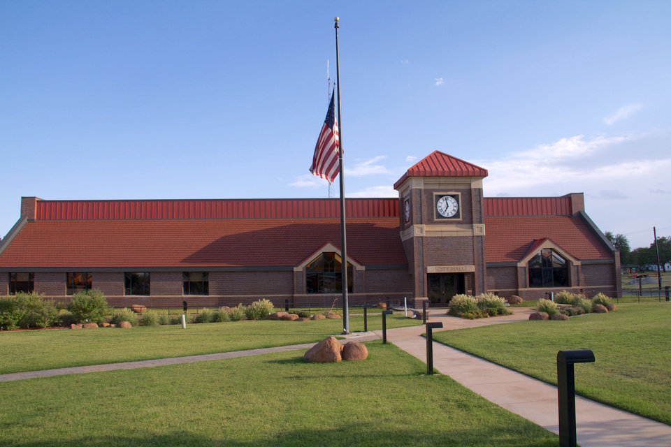 Elk City City Hall  <strong></strong>
