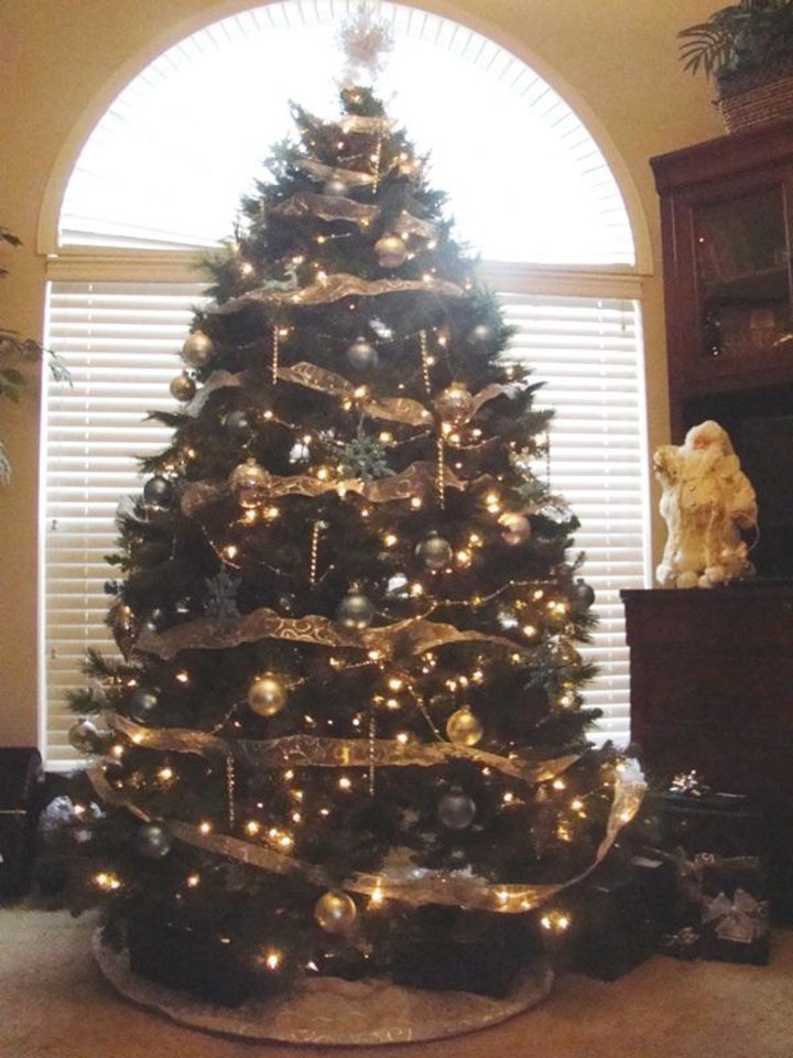 Adams\' Christmas Tree