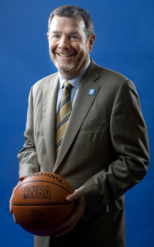 Photo - NBA BASKETBALL TEAM: Head coach P.J. Carlesimo of the Oklahoma City Thunder poses for a portrait during the Thunder media day on Monday, September 29, 2008. BY BRYAN TERRY, THE OKLAHOMAN ORG XMIT: KOD