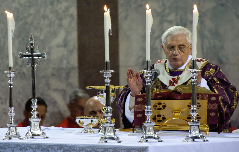 Pope Benedict XVI in Santa Sabina Basilica for Ash Wednesday prayer service, in Rome, Wednesday Feb. 25, 2009. Ash Wdnesday marks the beginning of Lent, a solemn period of 40 days of prayer and self-denial leading up to Easter. (AP Photo/Vincenzo Pinto, POOL)