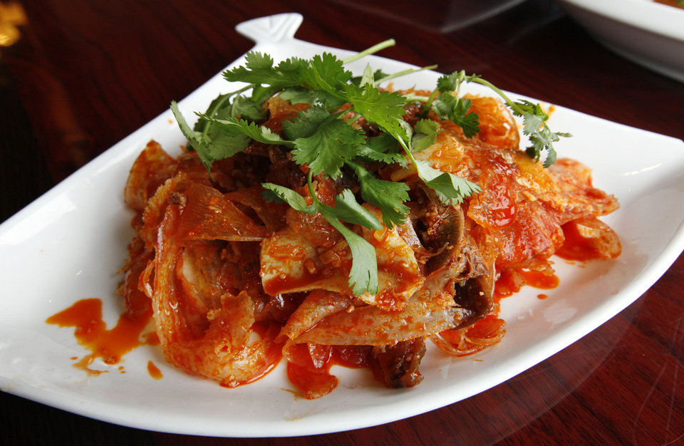 Ox Tongue and Tripe with Roasted Chili Peanut Vinaigrette at Szechuan Bistro in Oklahoma City. <strong>PAUL B. SOUTHERLAND - THE OKLAHOMAN</strong>