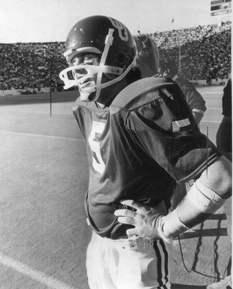 "OU FOOTBALL Steve Davis. 11-9-75;  ""Eyes closed, Steve Davis awaits the final gun"" as the Sooners are defeated at home by the Kansas Jayhawks, 23-3.  Staff photo by J. Pat Carter taken 11/8/75; photo ran in the 11/9/75 Daily Oklahoman.  File:  Football/OU/OU-Kansas/Steve Davis/1975"