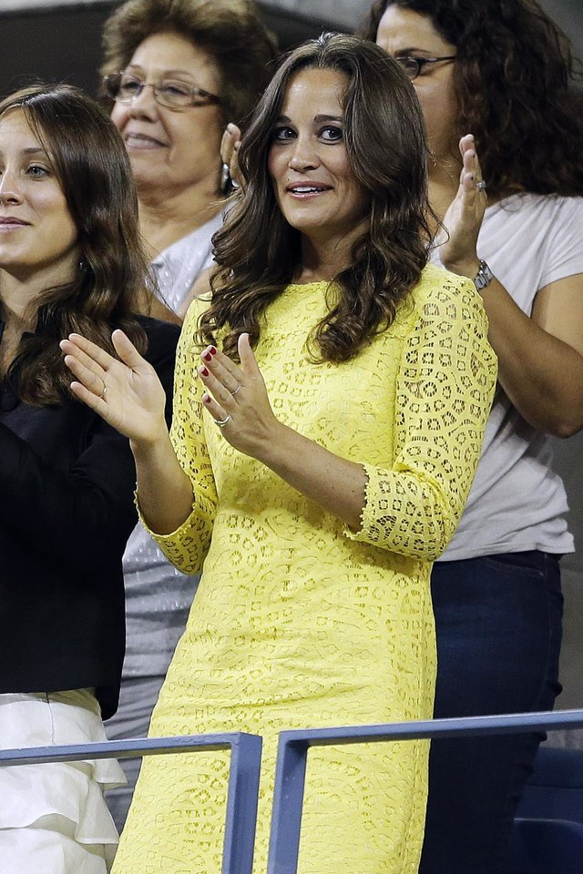 Photo -   Pippa Middleton watches the quarterfinals match between Roger Federer, of Switzerland, and Tomas Berdych, of Czech Republic, at the U.S. Open tennis tournament, Wednesday, Sept. 5, 2012, in New York. (AP Photo/Darron Cummings)