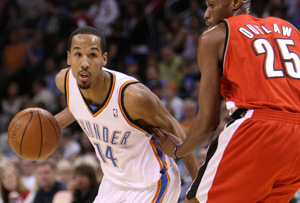 Photo - Oklahoma City's Shaun Livingston says he's back to 90 to 95 percent.  PHOTO BY HUGH SCOTT, THE OKLAHOMAN