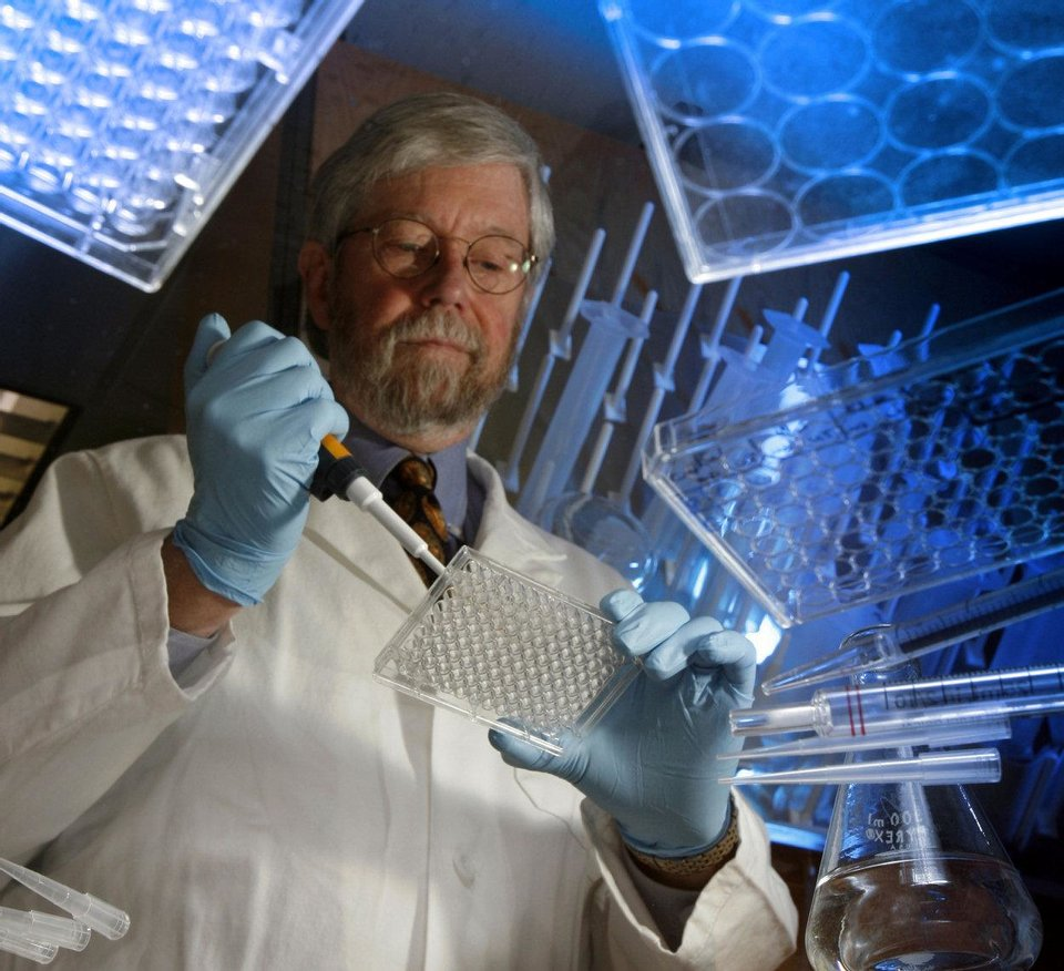 Photo - Paul Kincade, Ph.D., director of the Oklahoma Center for Adult Stem Cell Research.  Steve Sisney