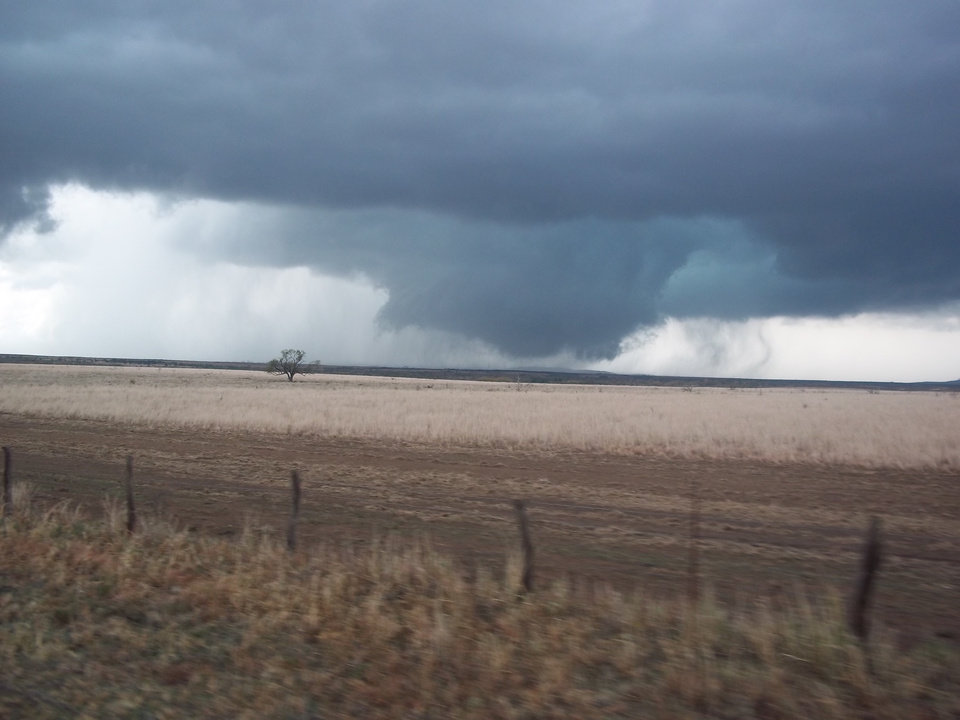 Snyder Tornado Touching back down North of Indiahoma 11/07/2011 taken by Katelynn Hyden