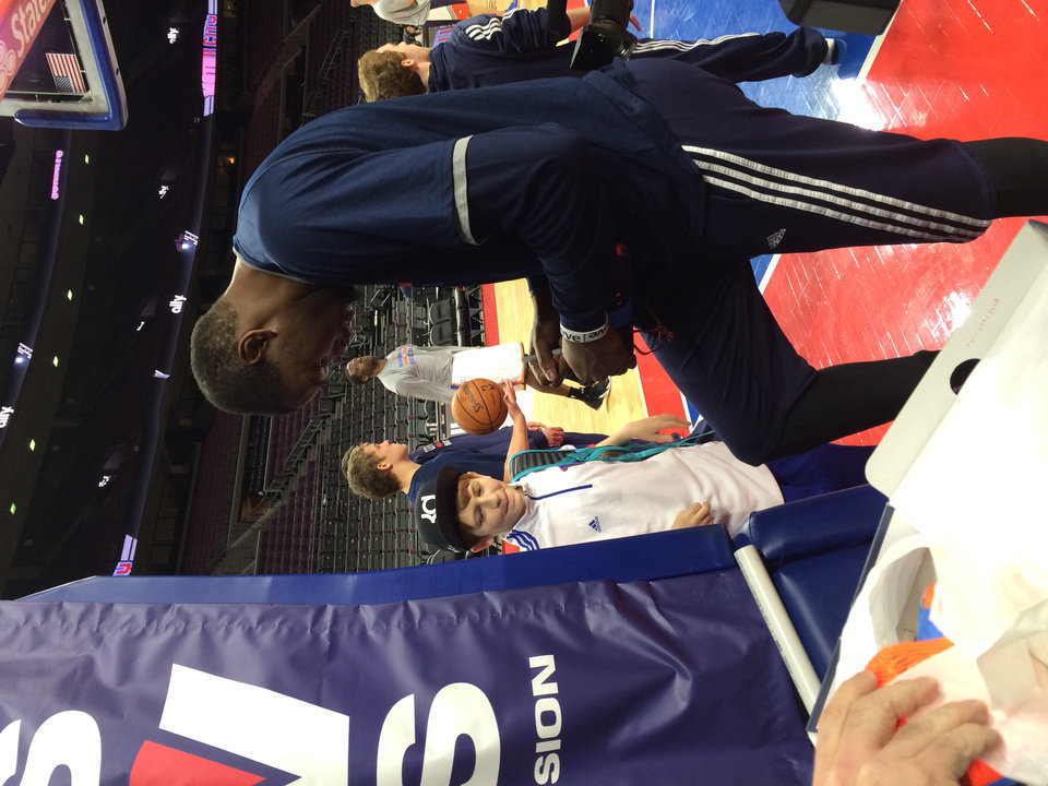 Photo - Anthony Cupp (left) meets Kevin Durant.