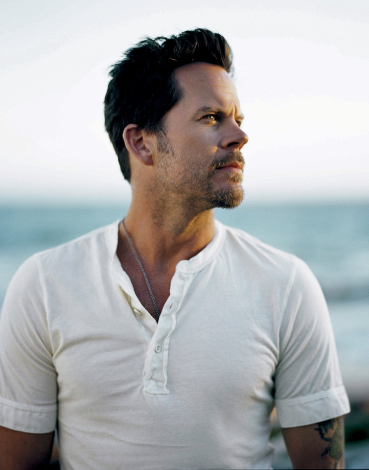 In this undated publicity image released by MCA Nashville, singer Gary Allan is shown. (AP Photo/MCA Nashville, Tony Baker) ORG XMIT: NYET397