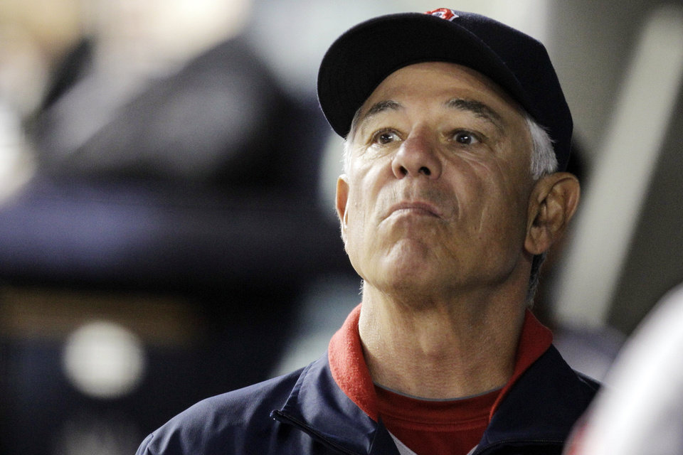 Photo -   Boston Red Sox manager Bobby Valentine looks toward the outfield during their 10-2 loss to the New York Yankees in their baseball game at Yankee Stadium in New York, Monday, Oct. 1, 2012. (AP Photo/Kathy Willens)