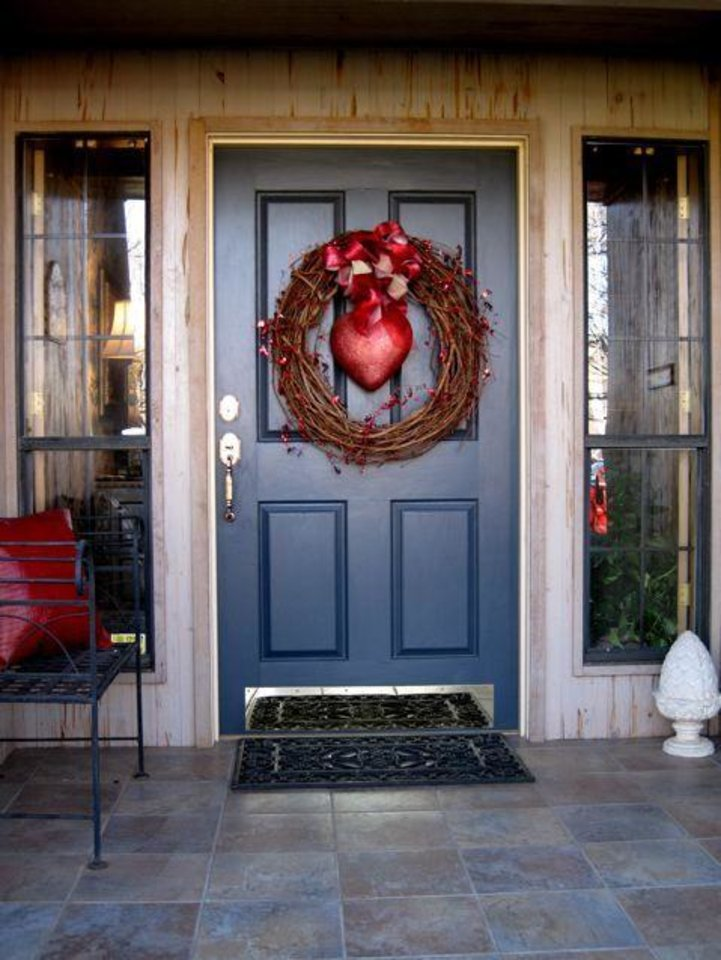 COMING SOON....Janie Axton's front door was decorated with a wreath and heart. (Photo by Helen Ford Wallace).