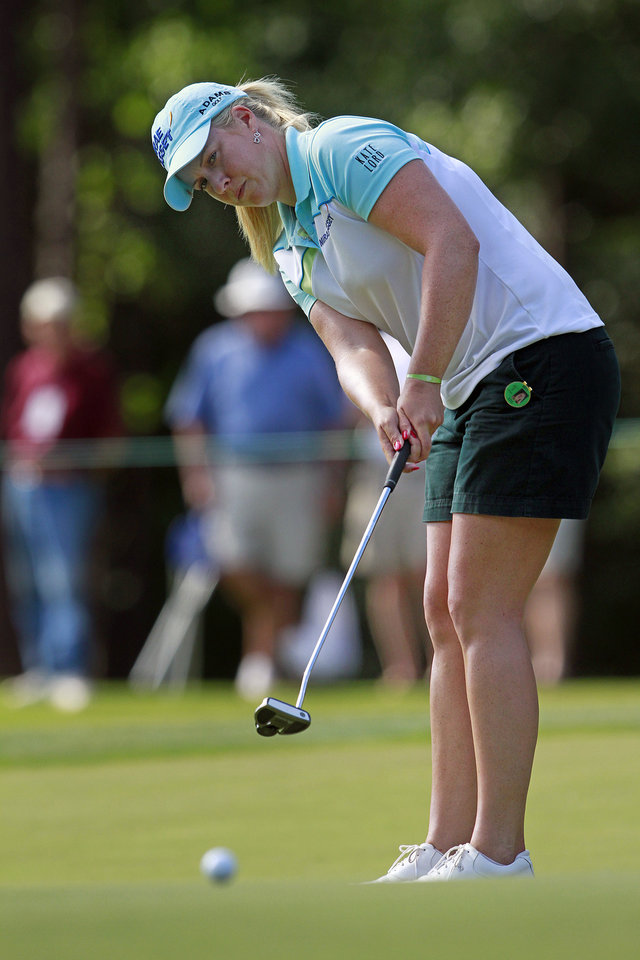 Photo -   Brittany Lincicome putts on the 18th green during the third round of the Mobile Bay LPGA Classic golf tournament, Saturday, April 28, 2012, in Mobile, Ala. (AP Photo/Press-Register, Bill Starling) MAGS OUT