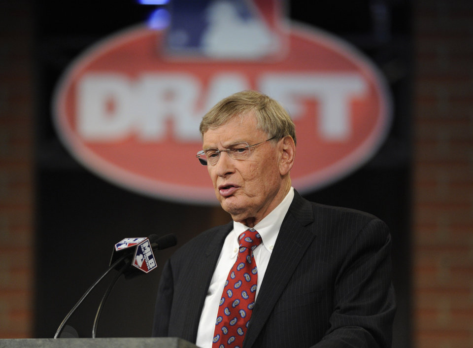 Photo - Commissioner of Major League Baseball Bud Selig announces the selections during the 2014 MLB baseball draft Thursday, June 5, 2014, in Secaucus, N.J. (AP Photo/Bill Kostroun)