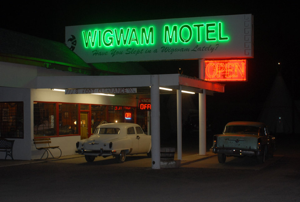 Photo - PHOTOGRAPHER: Larry Nance shares his photos, like this shot of the Wigwam Motel in Holbrook, Ariz., with leaders in El Reno to help spur revitalization of Route 66.  ORG XMIT: 0803290046580548