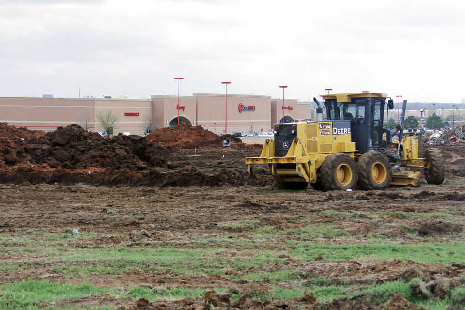 Construction has begun on a 60,000-square-foot Dick\'s Sporting Goods north of Memorial on Pennsylvania Avenue, north of the Target. Friday, March 16, 2012. Photo by Doug Hoke, The Oklahoman