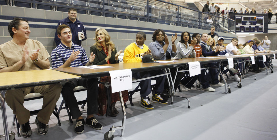 Photo - Signing Day at Edmond North High School, February 3, 2010.. Photo by David McDaniel, The Oklahoman