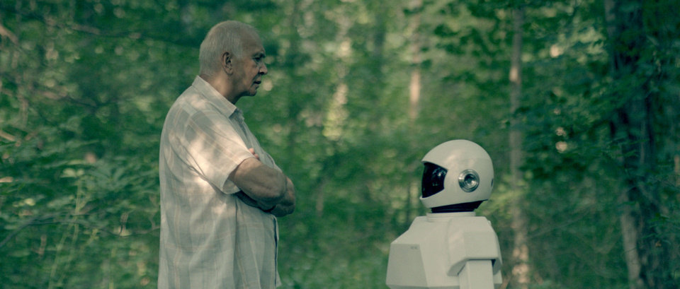 Photo - Frank Langella as retired cat burglar Frank, having an argument with his robot caretaker in