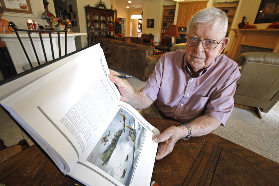 Lloyd Mitchell was on a B-17 in World War II.  <strong>David McDaniel - The Oklahoman</strong>