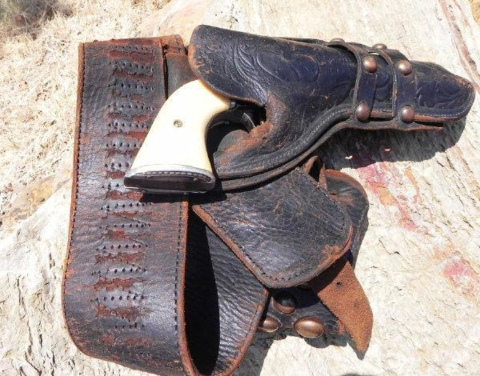 Photo - Wild West Show performer Antonio Esquivel's Colt Lightning holster and
