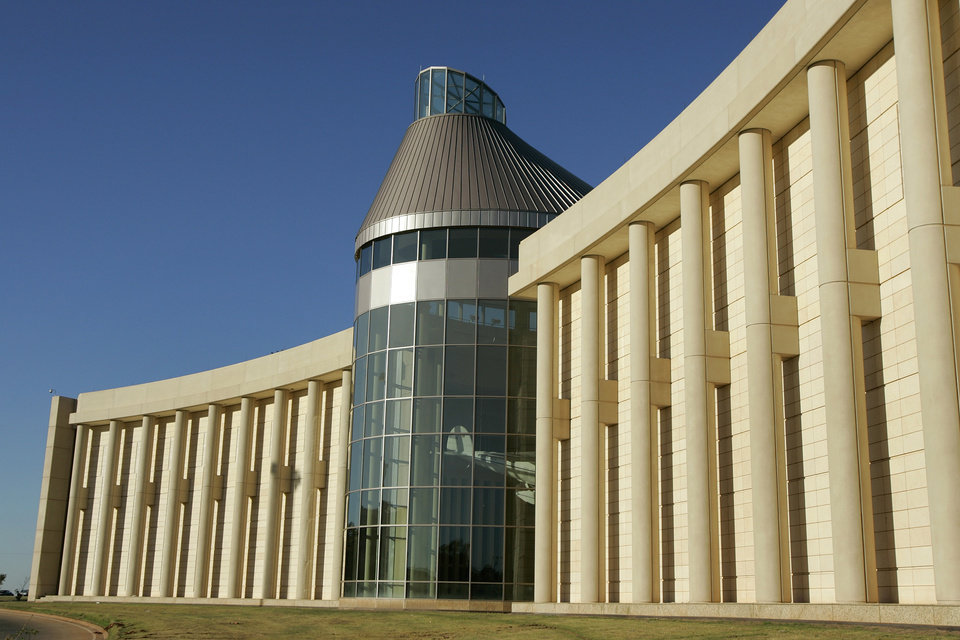Photo - BUILDING EXTERIOR: (SAVE FOR SPECIAL SECTION) on the Oklahoma History Center in Oklahoma City, October 24, 2005. By Steve Gooch/The Oklahoman