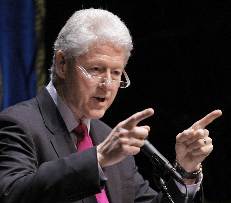 """Photo - FILE - In this Feb. 24, 2010 file photo, former President Bill Clinton speaks at the University of California at Berkeley, in Berkeley, Calif. Clinton warned of a slippery slope from angry anti-government rhetoric to violence like the 1995 Oklahoma City bombing, saying """"the words we use really do matter.""""  (AP Photo/Ben Margot, File) ORG XMIT: WX106"""