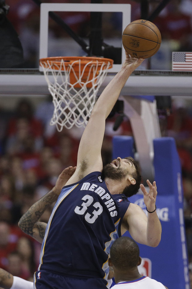 Memphis Grizzlies center Marc Gasol shoots against the Los Angeles Clippers during the first half of Game 1 of a first-round NBA basketball playoff series Los Angeles, Saturday, April 20, 2013. (AP Photo/Chris Carlson)