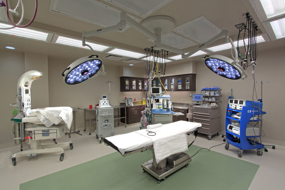 Photo - C Section Room at Edmond Medical Center, designed by Miles Associates.   - PROVIDED BY MILES ASSOCIATES