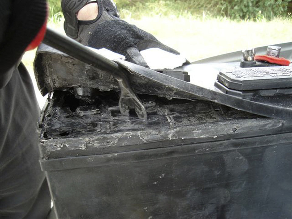 Photo - INTERSTATE 40: 10 pounds of heroin hidden in a battery seized by the Oklahoma Bureau of Narcotics K9 Interdiction Unit on I-40 in 2008. Photo Provided