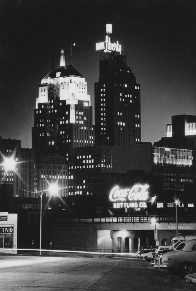 OKLAHOMA CITY / SKY LINE / OKLAHOMA / NIGHT SCENES:  No caption.  Staff photo by Jim Argo.  Photo undated and unpublished.  Photo arrived in library on 05/24/1972.