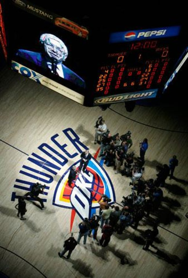 Photo -  NBA commissioner David Stern addresses the Thunder fans before the first half of the opening night NBA basketball game between the Oklahoma City Thunder and the Milwaukee Bucks on Wednesday, Oct. 29, 2008, at the Ford Center in Oklahoma City, Okla.  BY CHRIS LANDSBERGER, THE OKLAHOMAN