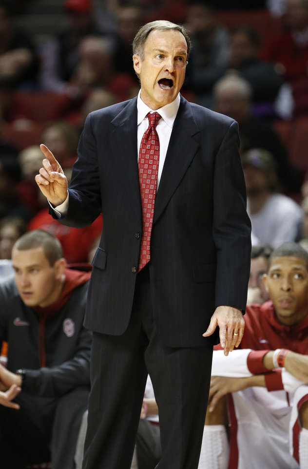 Photo - Oklahoma Sooner head coach Lon Kruger shows his displeasure with a referee call in the second half as the University of Oklahoma Sooners (OU) men defeat the Iowa State Cyclones 86-69 in NCAA, college basketball at Lloyd Noble Center on Saturday, March 2, 2013  in Norman, Okla. Photo by Steve Sisney, The Oklahoman