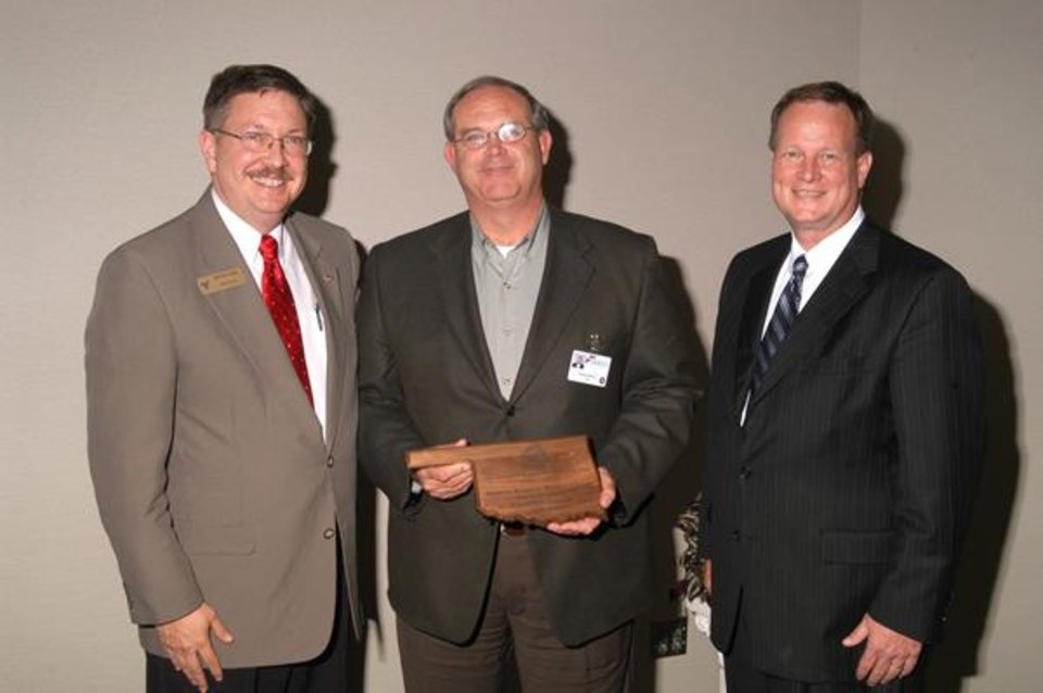 From left to right: Stan Greil, Rose State College  Dean of Outreach and Training; Douglas Arnold, Midwest Regional Medical Center CEO and State Regents Vice Chancellor Sid Hudson.<br/><b>Community Photo By:</b> Steve Reeves<br/><b>Submitted By:</b> Donna, Choctaw