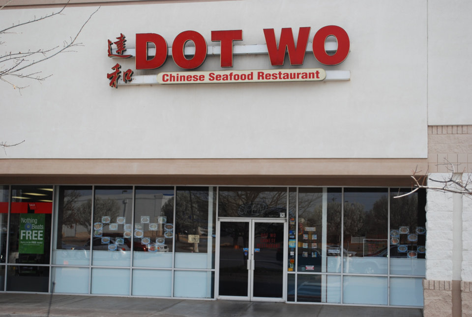 Photo - Picture of Dot Wo restaurant in Edmond.