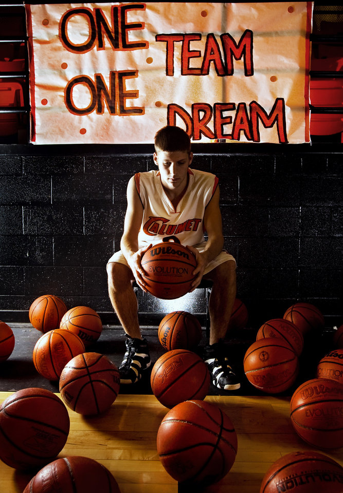 Calumet High School senior guard Ethan Davis poses for a photo at the school on Wednesday, Feb. 27, 2008, in Calumet, Okla. Davis will try to lead the Chieftains to the Class B state championship title.     BY CHRIS LANDSBERGER, THE OKLAHOMAN