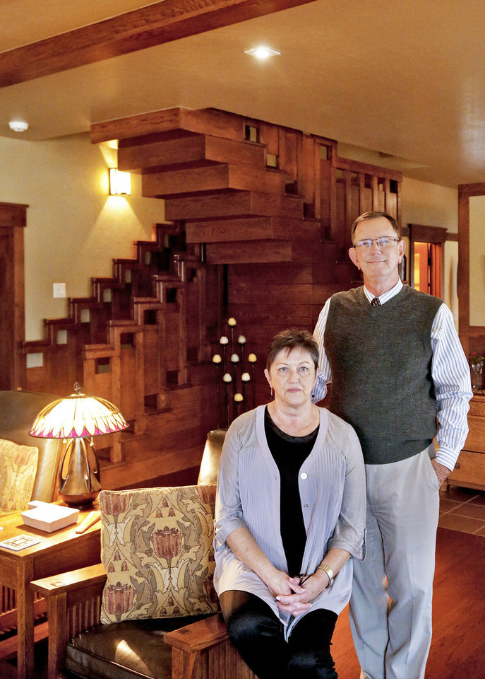 Photo - Carol and Mike Wofford show part of their home at 601 NE 16, which is on the Lincoln Terrace Home Tour Sunday from noon to 5 p.m.  CHRIS LANDSBERGER - The Oklahoman