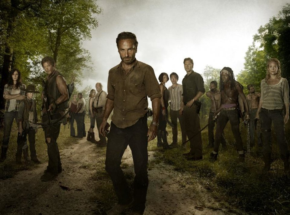 Photo -  (L-R) Lori Grimes (Sarah Wayne Callies); Carl Grimes (Chandler Riggs); Daryl Dixon (Norman Reedus); Carol (Melissa Suzanne McBride); T-Dog (Robert 'IronE' Singleton); Beth Greene (Emily Kinney); Hershel Greene (Scott Wilson); Rick Grimes (Andrew Lincoln); Maggie Greene (Lauren Cohan); Glenn (Steven Yeun); The Governor (David Morrissey); Michonne (Danai Gurira) and Andrea (Laurie Holden) - The Walking Dead - Season 3 - Full cast photo - Photo Credit: Frank Ockenfels/AMC