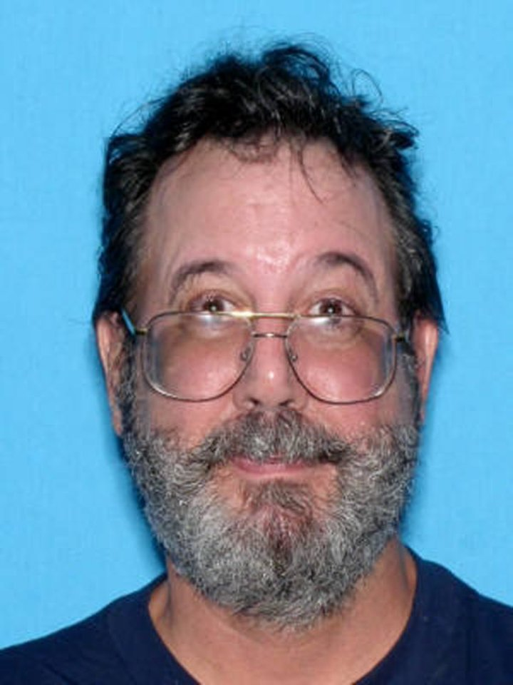 Photo -   This 2006 photo provided by the U.S. Marshals Service shows a man who went by the alias Bobby C. Thompson as well as other fictitious names. The Marshals Service in Cleveland announced the arrest of the man in Portland, Ore. Monday night on accusations of running a scam that collected millions of dollars in donations from people who believed they were helping U.S. Navy veteransTuesday, May 1, 2012. (AP Photo/U.S. Marshals Service)