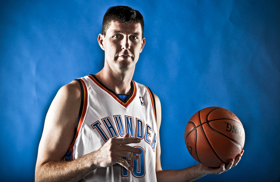 Photo - Ryan Bowen during the Oklahoma City Thunder media day on Monday, Sept. 28, 2009, in Oklahoma City, Okla.  Photo by Chris Landsberger, The Oklahoman. ORG XMIT: KOD