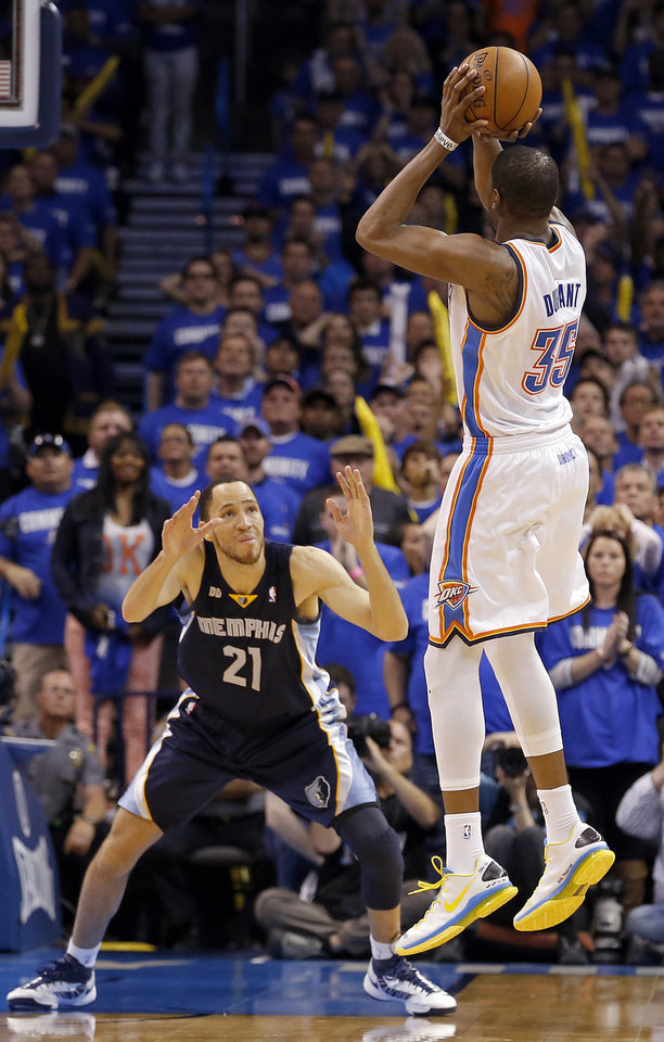 Oklahoma City's Kevin Durant (35) shoots the go-ahead shot in front of Memphis' Tayshaun Prince (21) in the finals seconds of Game 1 in the second round of the NBA playoffs between the Oklahoma City Thunder and the Memphis Grizzlies at Chesapeake Energy Arena in Oklahoma City, Sunday, May 5, 2013. Photo by Sarah Phipps, The Oklahoman