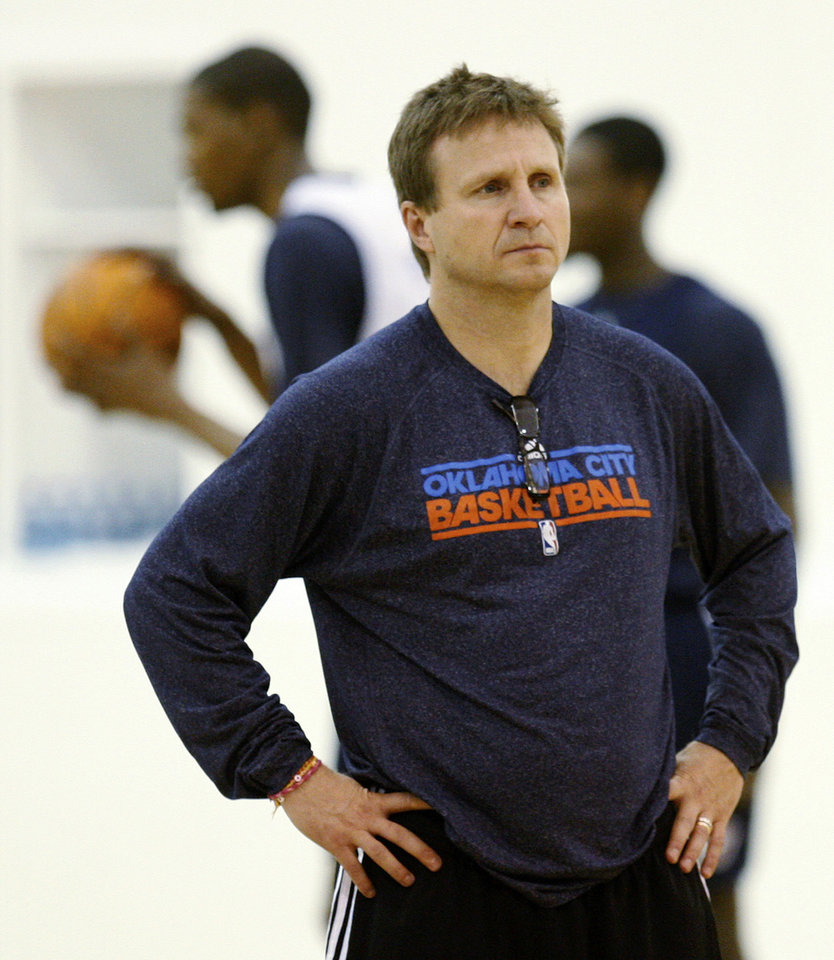 Photo -   Oklahoma City Thunder head coach Scott Brooks oversees a team practice in Oklahoma City, Monday, May 2, 2011. The Memphis Grizzlies face the Oklahoma City Thunder in Game 2 of a second-round NBA basketball playoff series in Oklahoma City on Tuesday. (AP Photo/Sue Ogrocki)