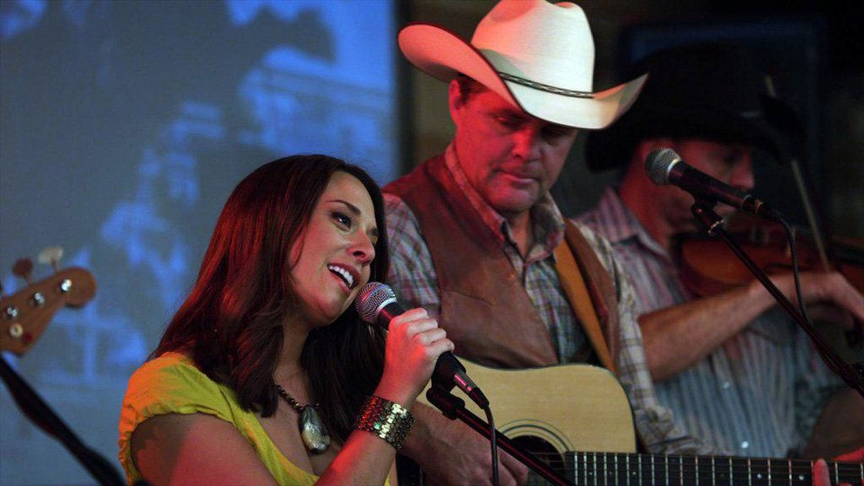 "Oklahoma-born and bred singer-songwriter Amber Hayes and former Lonestar frontman Richie McDonald appear in a scene from ""Cowgirls N' Angels."" Samuel Goldwyn Films photo <strong></strong>"