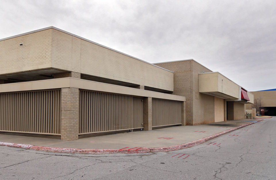 Photo -  The former Montgomery Ward at the east end of Plaza Mayor, formerly Crossroads Mall, will house Santa Fe South High School and possibly another public charter school. [Photo by Steve Sisney, The Oklahoman]