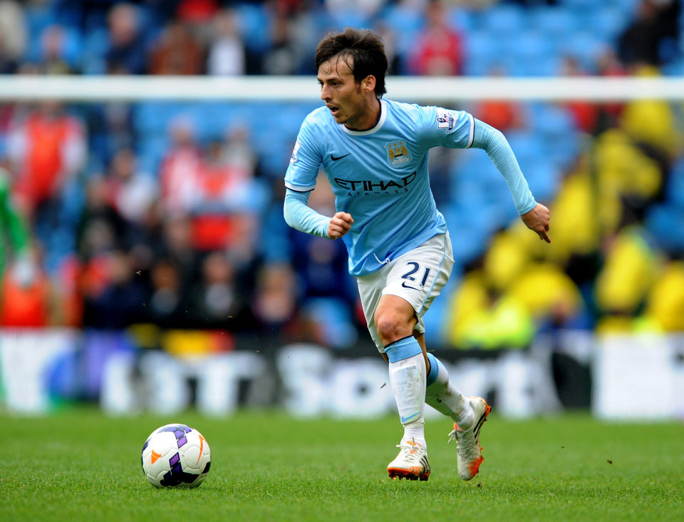 Photo - Manchester City's David Silva during the English Premier League soccer match between Manchester City and Southampton at The Etihad Stadium, Manchester, England, Saturday, April  5, 2014.  (AP Photo/Rui Vieira)