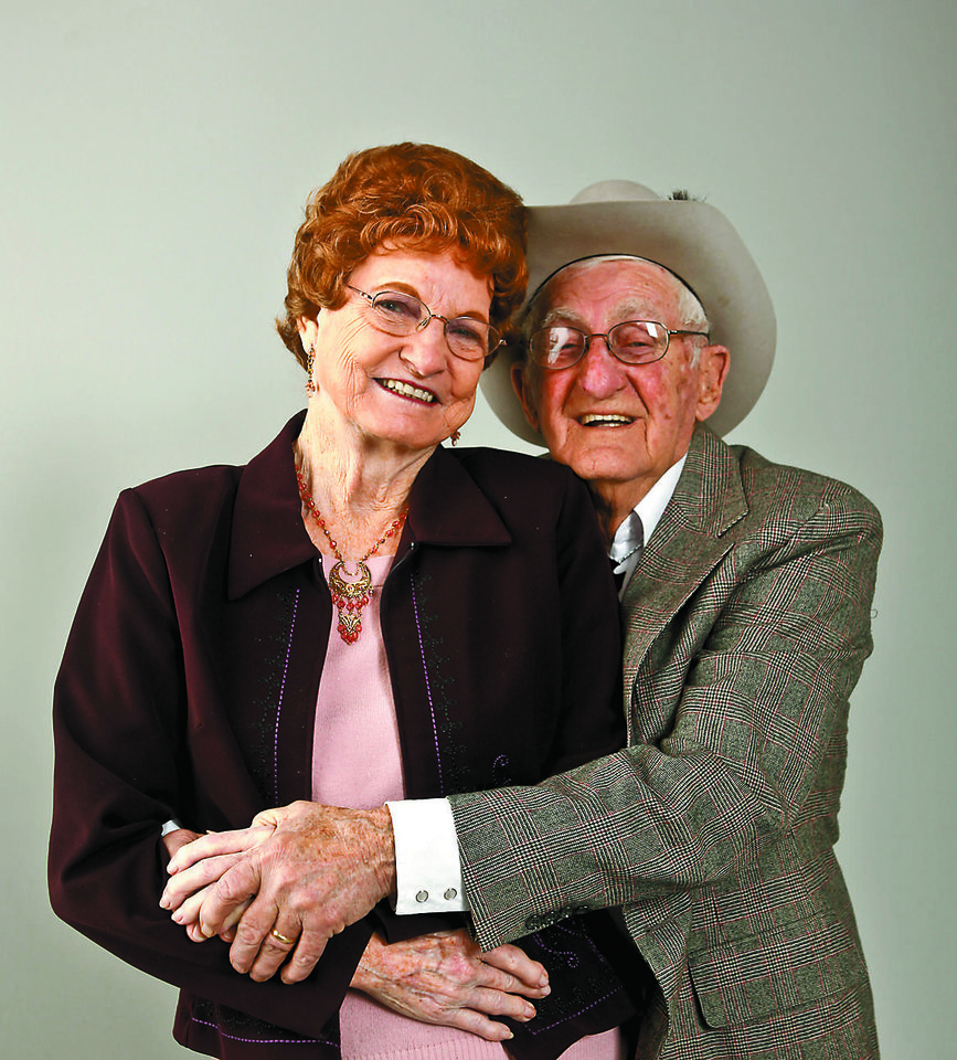 Photo - SYBIL NEWCOMB: Sybil and Bill Newcom, married for 55 years		ORG XMIT: 1002122237091329