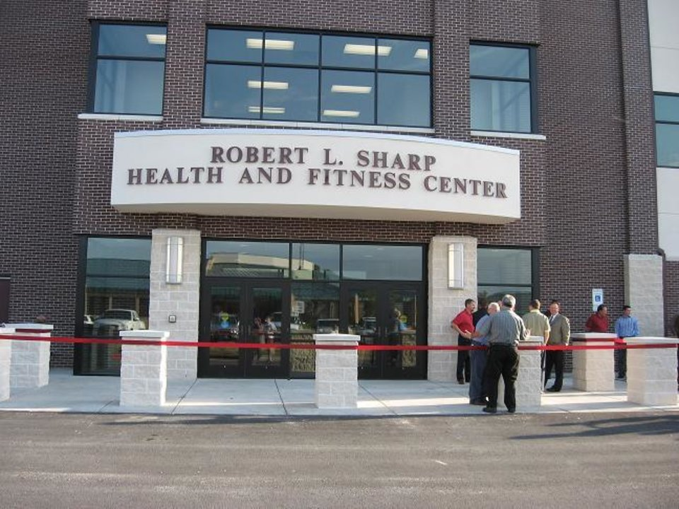 Photo - JENKS HIGH SCHOOL, INDOOR PRACTICE FACILITY, TRAINING FACILITY, BUILDING EXTERIOR: Jenks' Robert L. Sharp Health and Fitness Center was built in 2006 and cost $5 million.    PHOTO PROVIDED     ORG XMIT: 0806132205171969